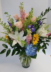 Sweet Summer Time from Lagana Florist in Middletown, CT